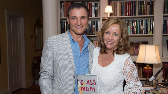 Laurie Gelman is back with a 'Class Mom' sequel